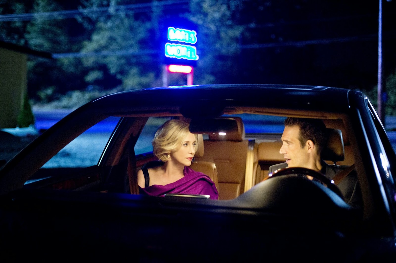 "2x04 ""Check-Out"" de Bates Motel"