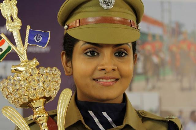Gayathri Arun as Deepthi  IPS in Parasparam Serial