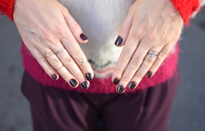 DARK-AUTUMN-NAILS
