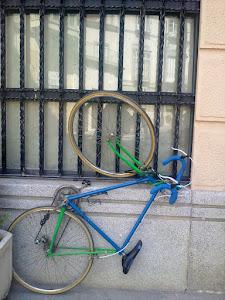En Cartagena hay muy buenos aparcabicis
