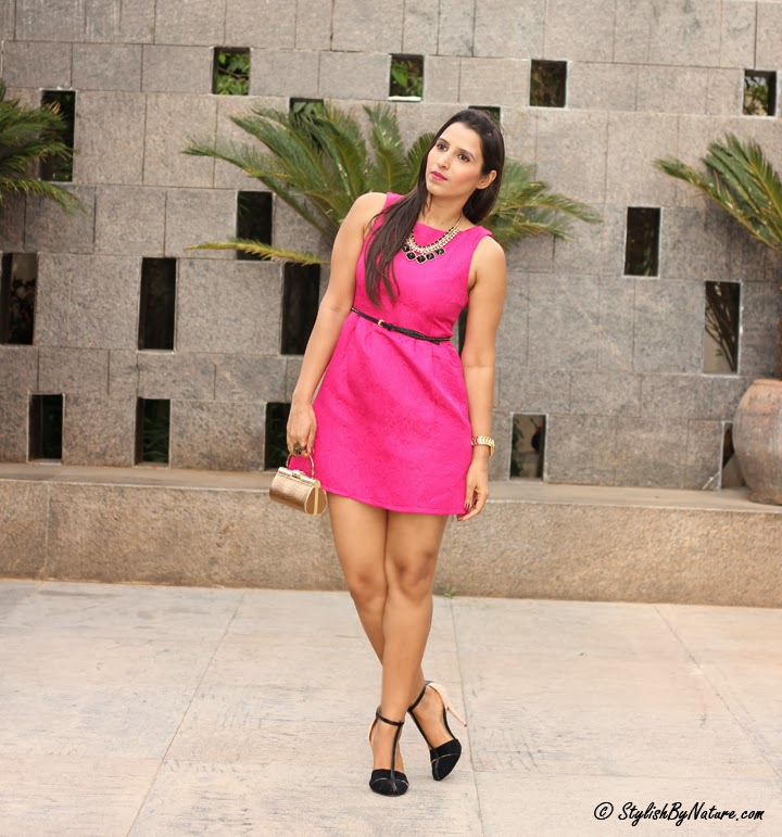 how to wear hot pink dress