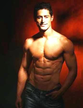 Mohit Raina Six Pack Abs Sixpack