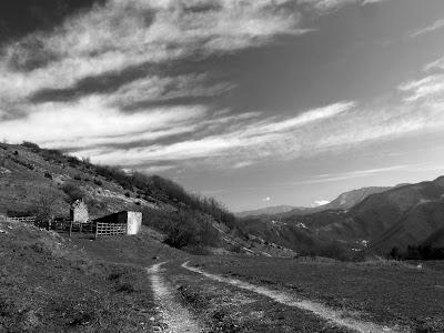 Valle di Pian del Grado: prospettiva da Casa Torni