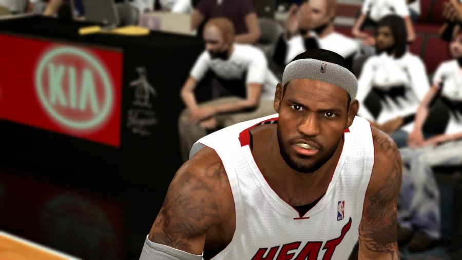 NBA 2K14 LeBron James with Mouthpiece