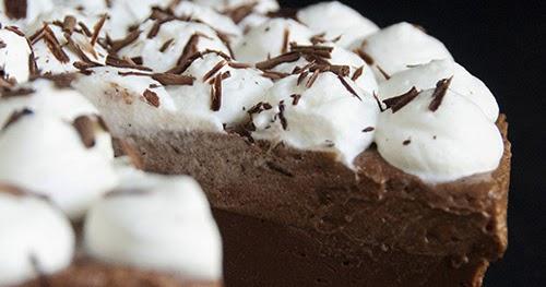 Chocolate & Hazelnut No-Bake Cheesecake