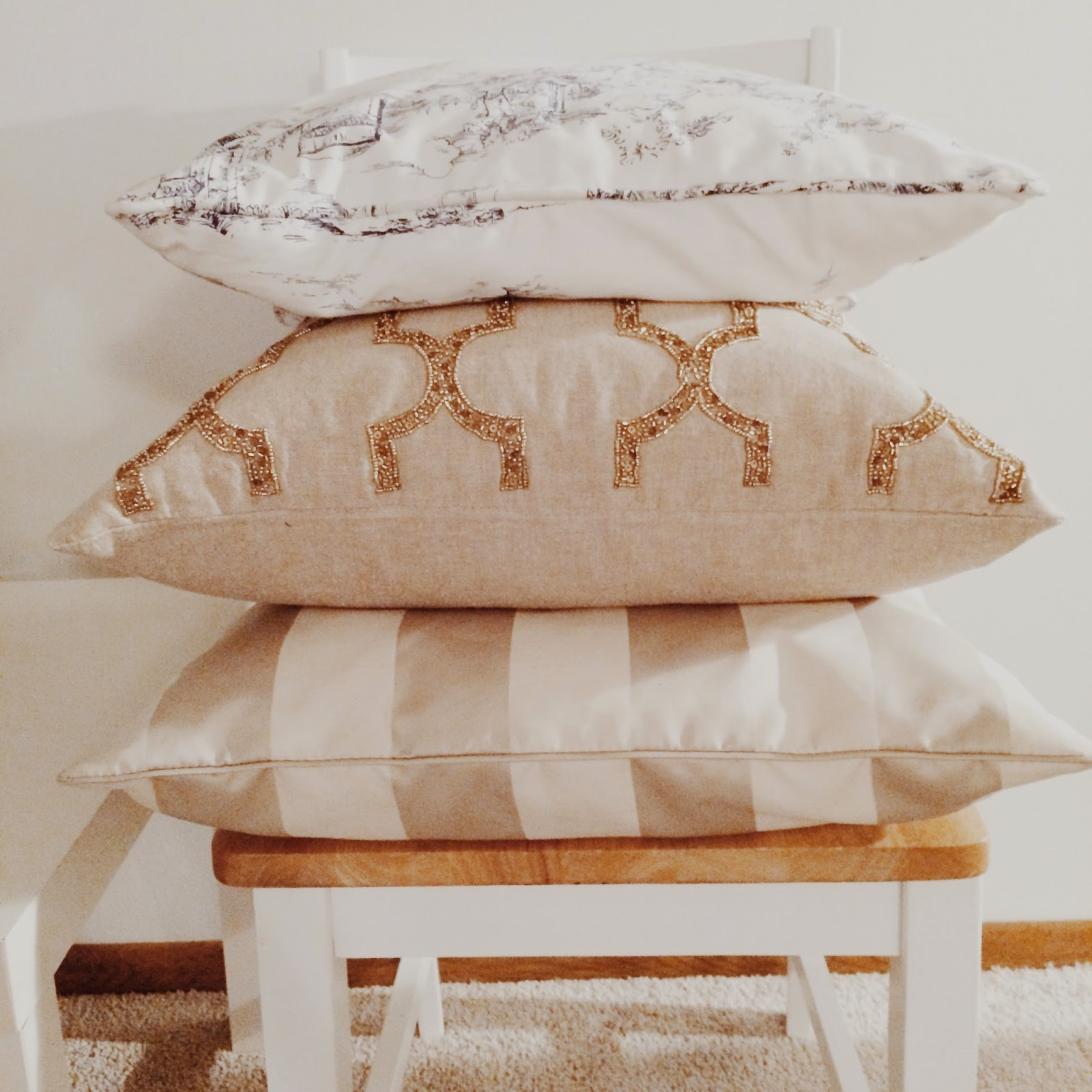 Tahari Home Decorative Pillow : a chic minute: home-y