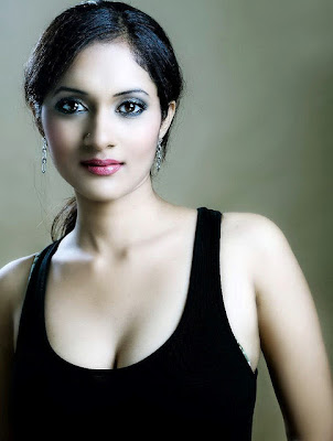 priya spicy model cute stills