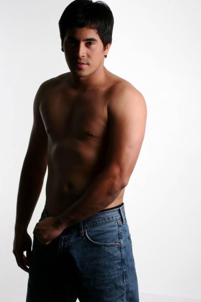 Jake Roxas Net Worth
