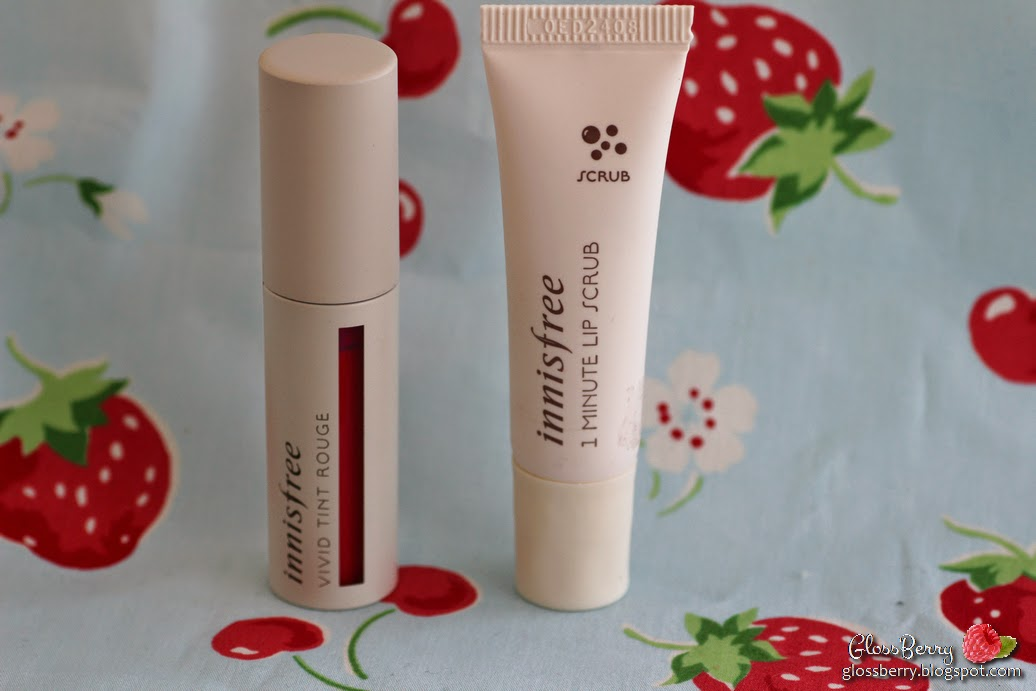 innisfree 1 minute lip scrub vivid lip tint 01 review swatches lips makeup glossberry blog