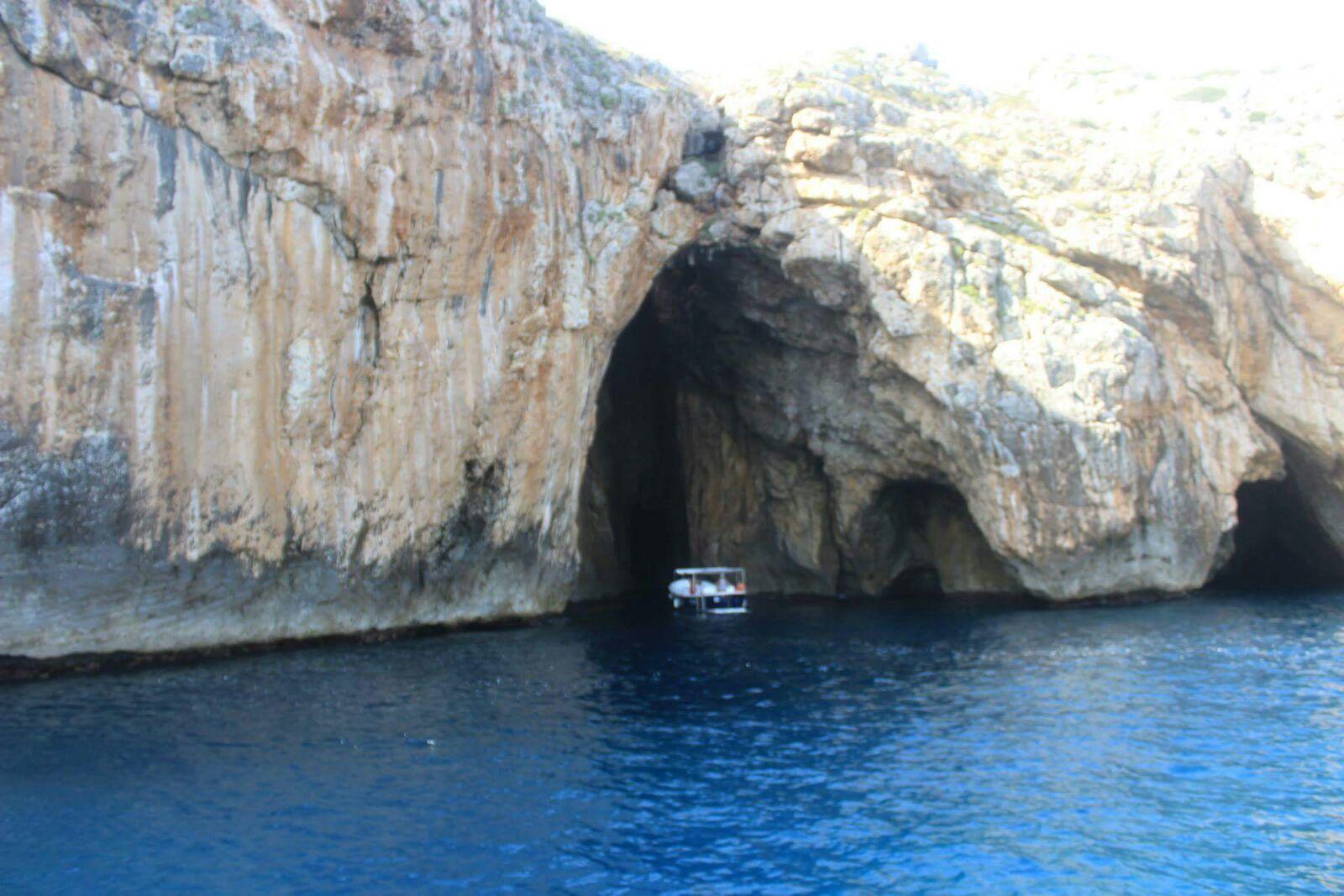 grotte marine, salento (matilda qose)