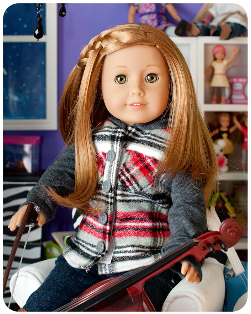American Girl Doll of the year, Mia. Read 18 inch doll diaries at our American Girl Doll House. Visit our 18 inch dolls dollhouse!