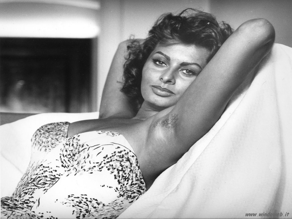 Photos of Sophia Loren - Sophia Loren In Photos