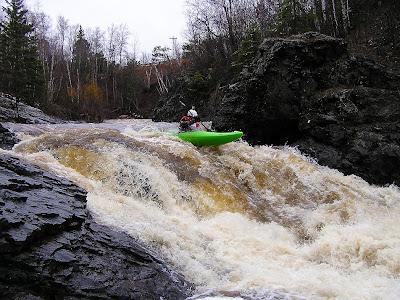 about to piton HARD!, lester race, kayak waterfall, minnesota, duluth, chris baer