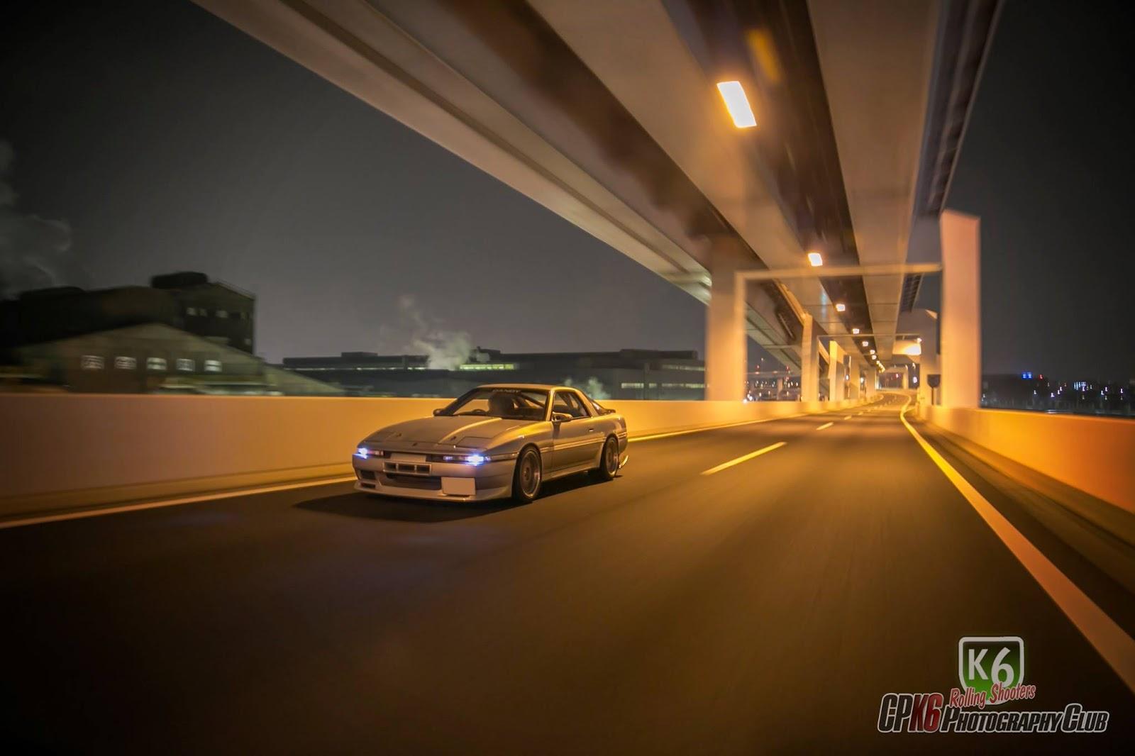 Toyota Supra A70 MK3, japońska ikona motoryzacji, znany samochód, motoryzacja z lat 80, JDM, sportowe auto, znane, kultowe, tuning