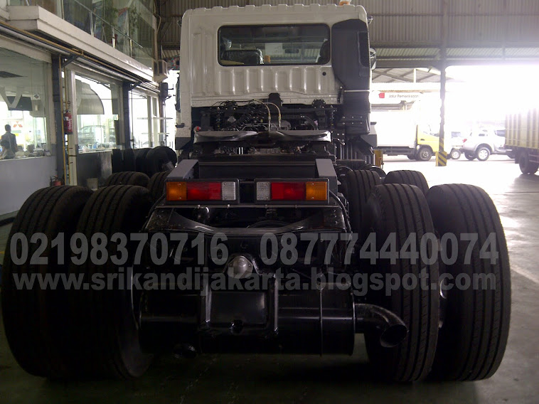 TRACTOR HEAD - FV51JH (6X4) M/T 380 PS