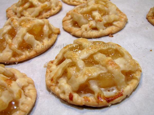http://www.spendwithpennies.com/apple-pie-cookies/