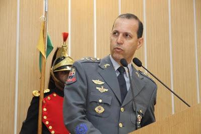 Coronel Roberval Ferreira França - Um Asno