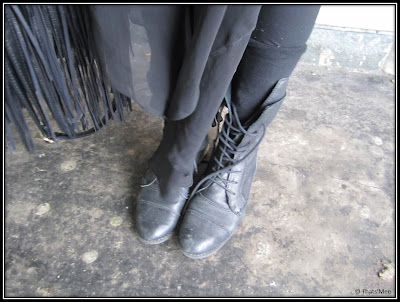Bottines montantes noires vintage à lacets