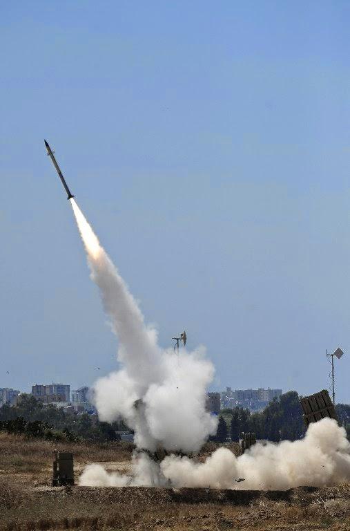 Foto-foto Serangan Militer Israel ke Gaza