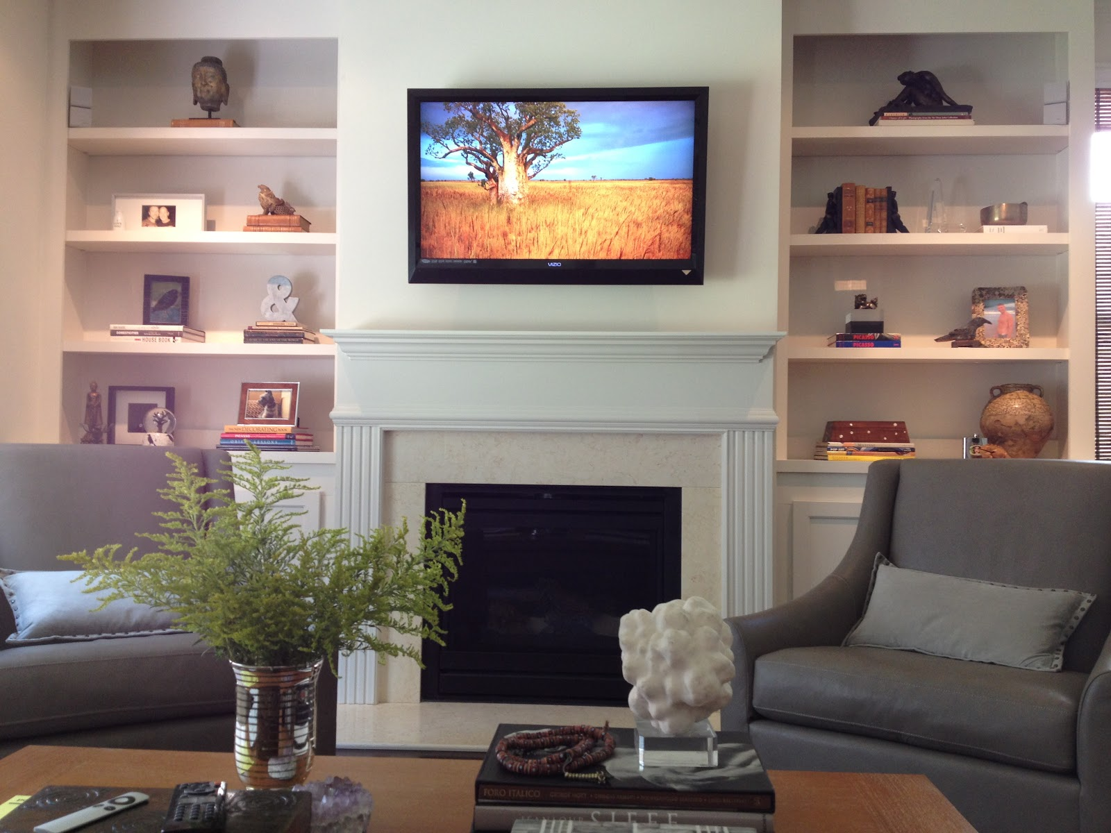 Atlanta real estate and home improvement news add custom for Living room shelves