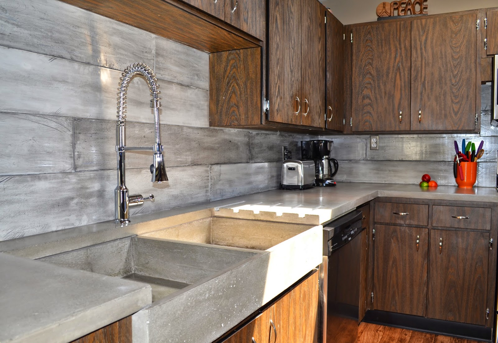 Waterfall Backsplash Part - 16: Andu0027s Let Talk About This Brilliant Innovation. With Concrete We Can  Literally Imprint Anything Or Customize In Any Way... Like This Built-in  Draining Board ...