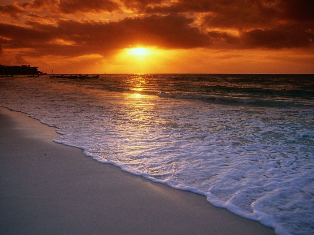 http://3.bp.blogspot.com/-_AiBvMq6Qos/TW06ALBr6mI/AAAAAAAAAuE/bLE-XCxY24Q/s1600/Sunrise_Beach_Wallpaper_plzr7%255B1%255D.jpg