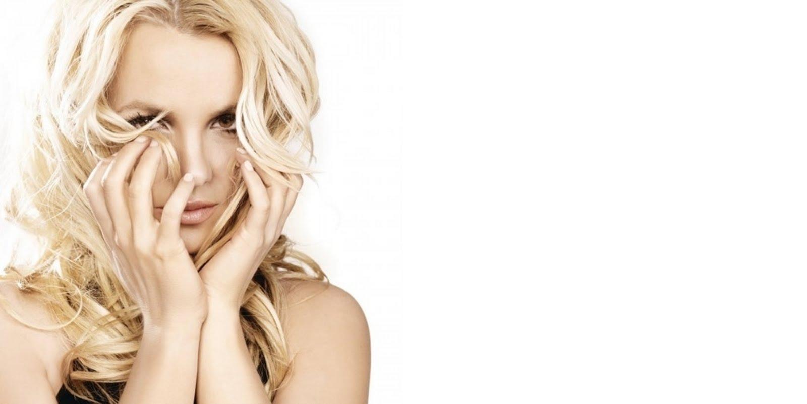 http://3.bp.blogspot.com/-_Au8dxhv0pU/TdmCOPp-DMI/AAAAAAAACDE/8SG5yz1UFs8/s1600/Britney-Spears-Femme-Fatale-Wallpaper-HD-Photo-Picture-Image-2-525x700.jpg