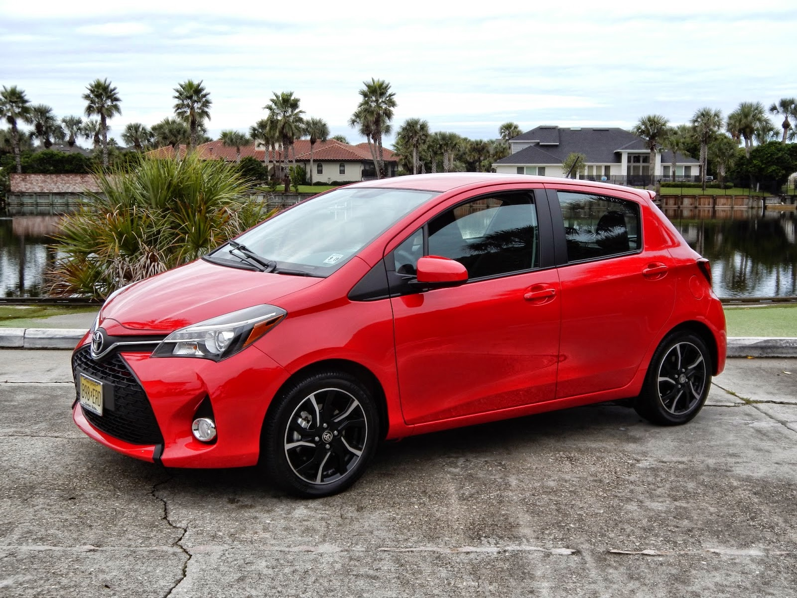 vehicle used name id model en yaris le in toyota make gatineau villa inventory