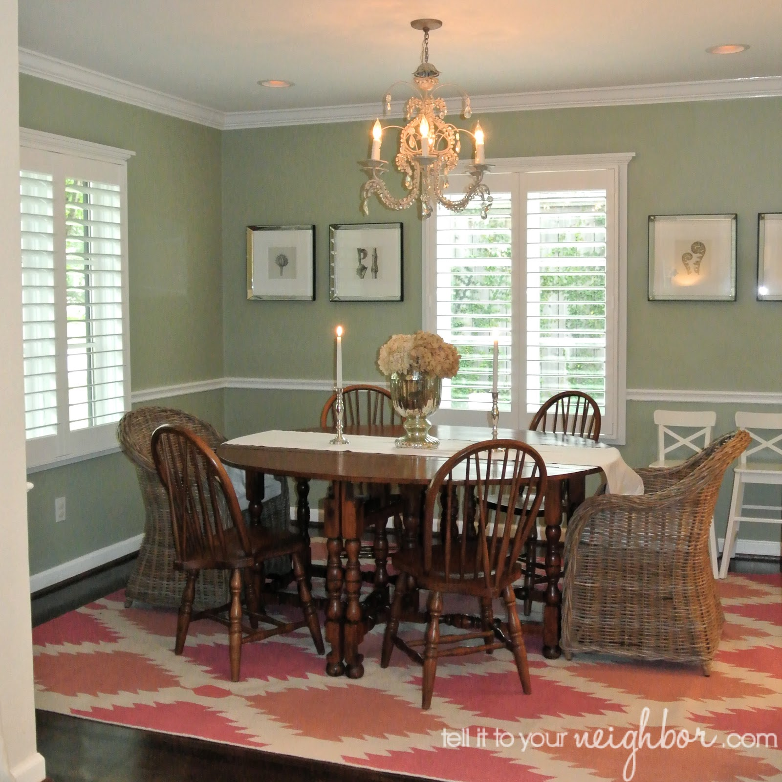 Tell it to your neighbor dining room rug for Dining room rugs