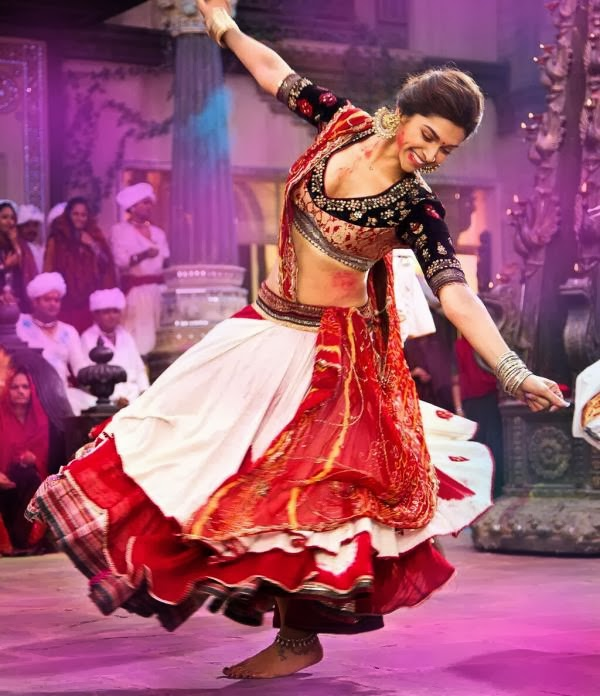 Deepika Padukone - Ram Leela Style guide