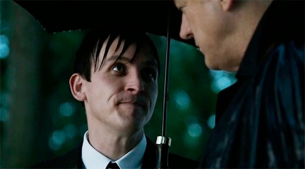 Oswald Cobblepot y Falcone en Gotham 1x07 - Penguin´s Umbrella