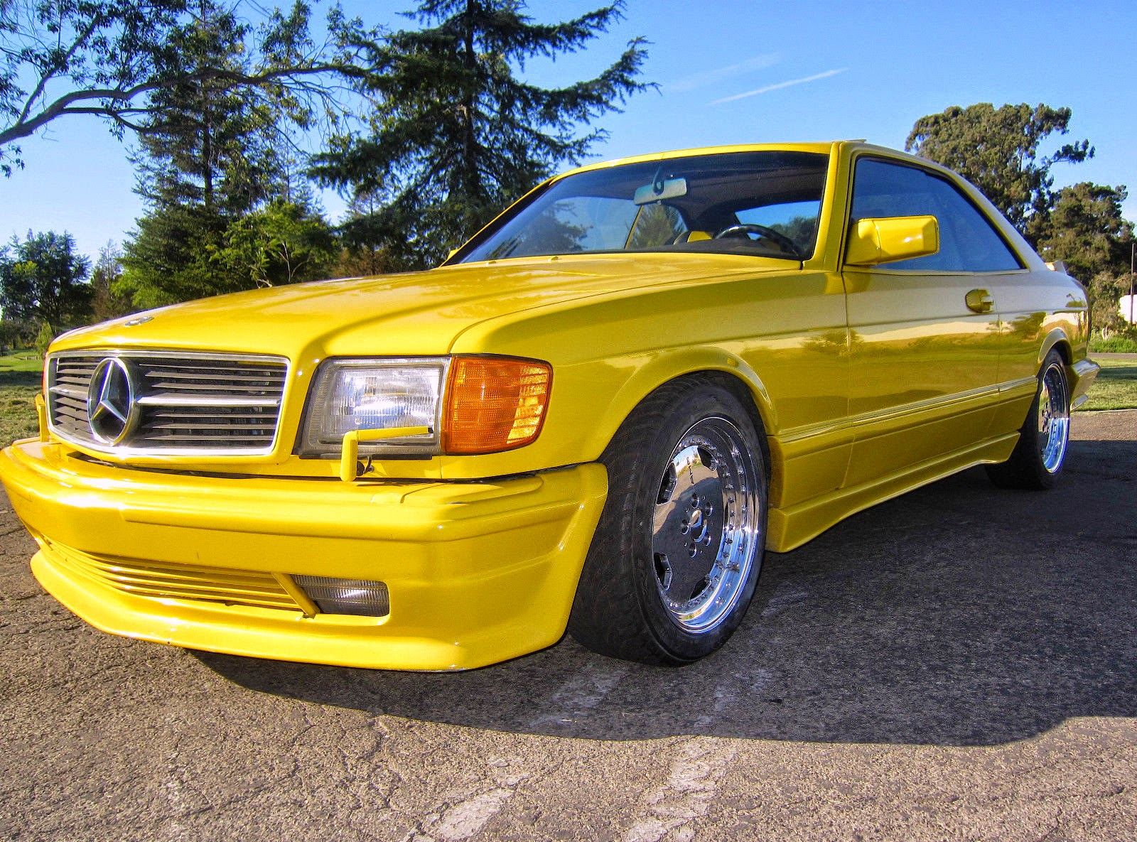 w126 yellow