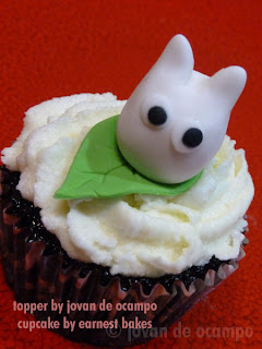 chibi totoro cupcake by Jovan and Earnest