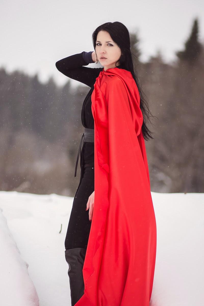 Брюнетки в моде при любой погоде Дипломная работа В основе дипломной работы лежит сказка Красная шапочка Правда от Красной шапочки взяты лишь лес волк и красная шапочка Да и то волк оказался не волком