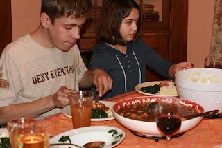 Kids eating dinner