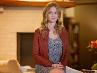 Heather Graham as Julia