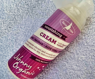 johnny-organic-nourishing-cream-with-beauty-mineral