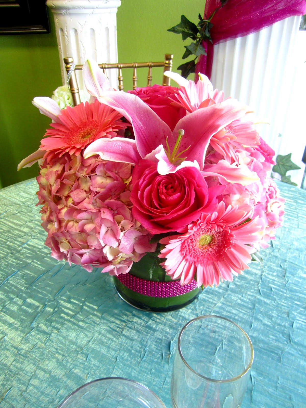 Bernardo s flowers hot pink centerpiece