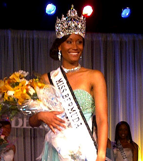 Miss Bermuda 2012 Rochelle Minors