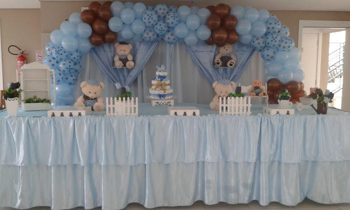 Chá de bebê azul e marrom
