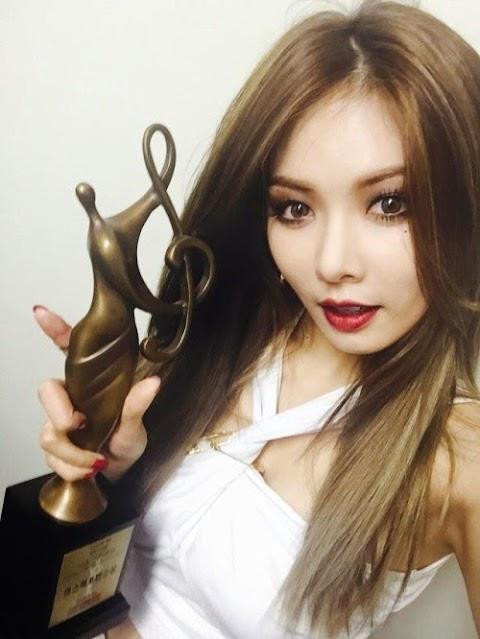 ✰PHOTO✰ Hyuna na Seoul Music Awards 2015
