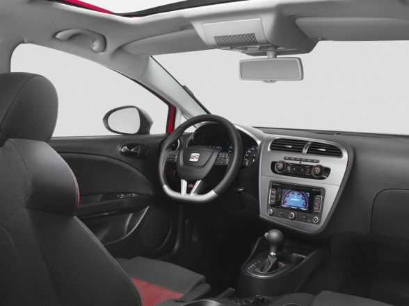 All About Cars: Seat Leon Interior Review