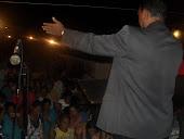 ORANDO PARA QUE JESUS A ESPERANÇA MUNDIAL OPERE MILÁGRES