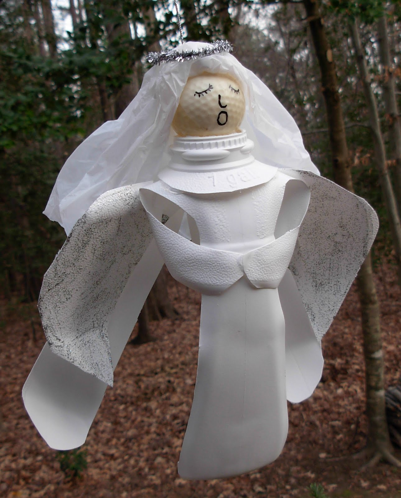 Crack of dawn crafts recycled milk jug angel craft for Christmas crafts with milk jugs