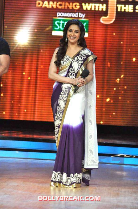 Madhuri Dixit Jhalak Dikhhla Jaa 5 purple saree - (12) - Salman & Katrina on the sets of 'Jhalak Dikhhla Jaa 5'