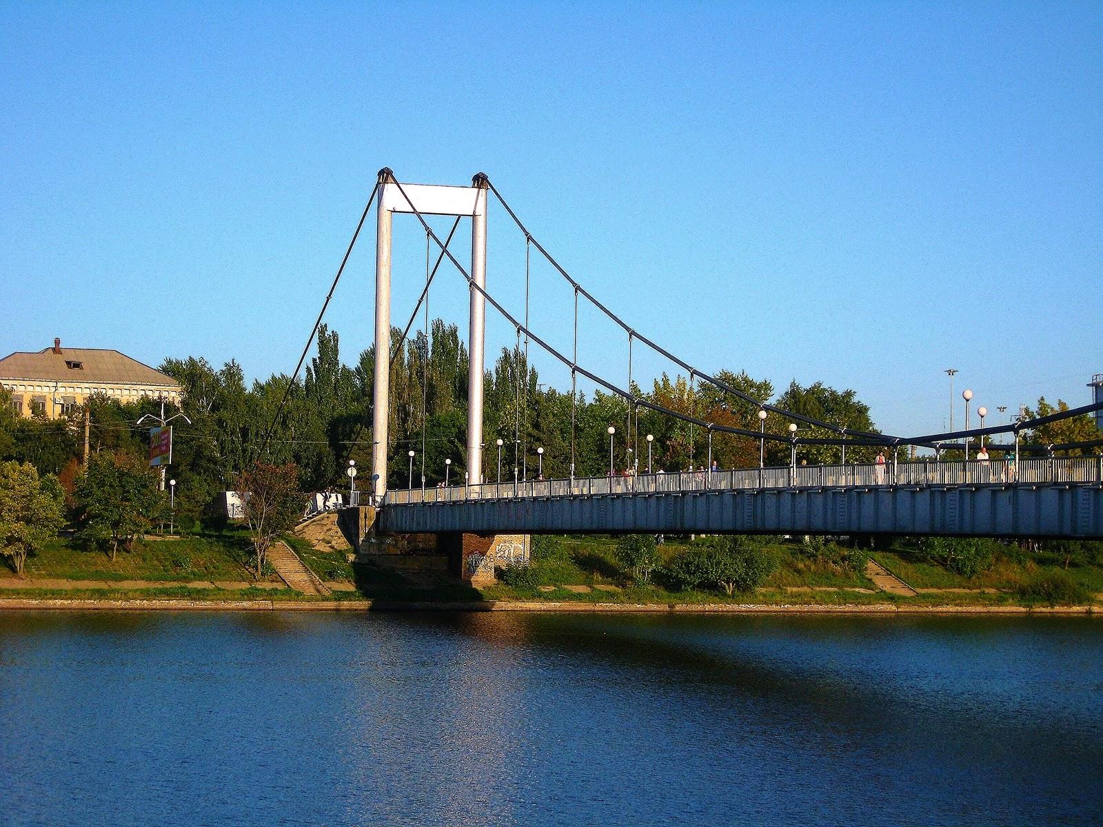 Мужчина утонул после прыжка с Андреевского моста