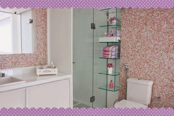 Uma Casa com Amor 20 Idéias de Prateleiras e nichos para banheiro -> Nicho Para Banheiro Em Acrilico