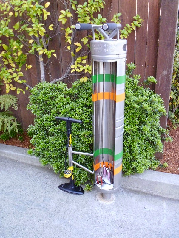 Keg bike repair stand