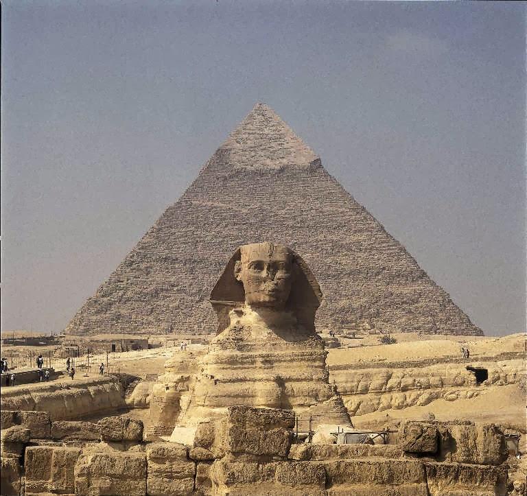 Misteri Piramid Giza, Teori Alien dan Banjir Nabi Nuh