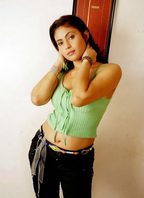 Saira Bhanu Latest Photoshoot